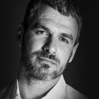 Арсен Мірзоян презентує альбом «Паперовий сніг»