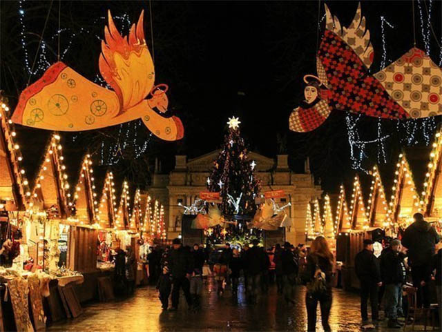 Новий рік та Різдво у Львові