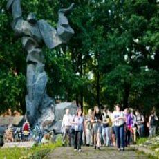 Міська прогулянка «Підземний світ: історія виживання під час Голокосту у львівських каналізаціях»