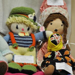 Виставка ляльок та казкових героїв