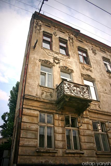 вул. Богдана Хмельницького, 66
