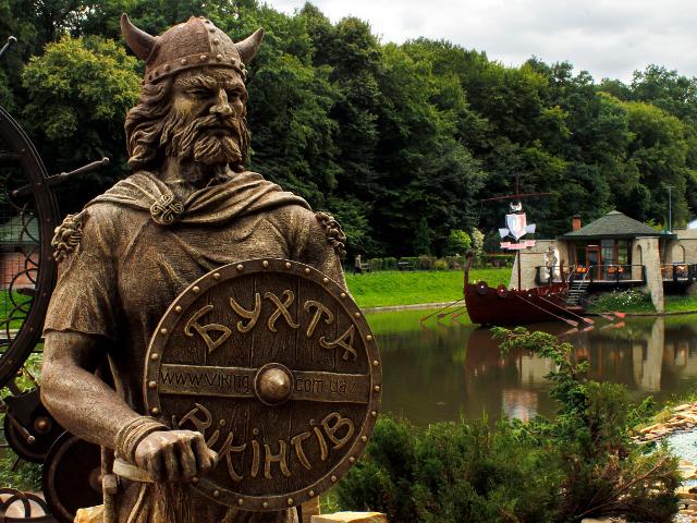 Новий мотузковий парк у «Бухті Вікінгів» - емоційно-активний відпочинок за Львовом