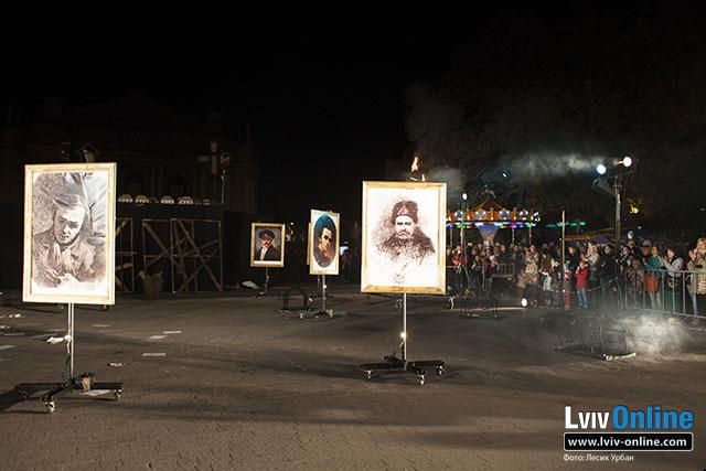 Фото з відкриття фестивалю «Золотий лев»