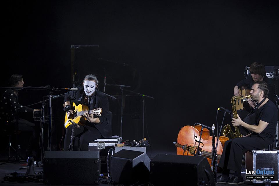 Фото з концерту Сергія Бабкіна «Старе по-новому»