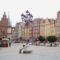 Лекція «(Ре)Конструкція ідентичності міст на прикладі Щеціна та Вроцлава»