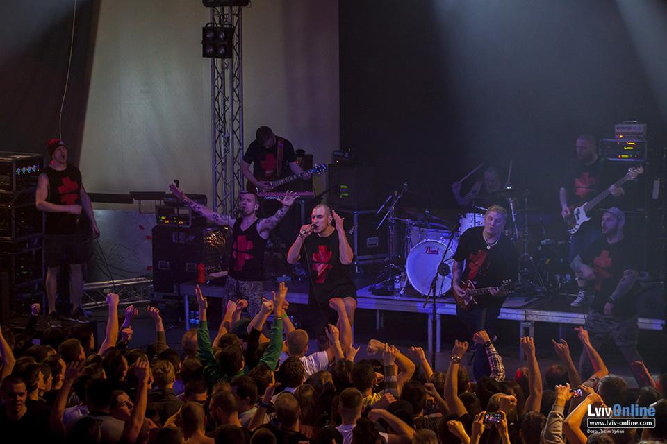 Фото з концерту Сергія Міхалка і гурту BRUTTO