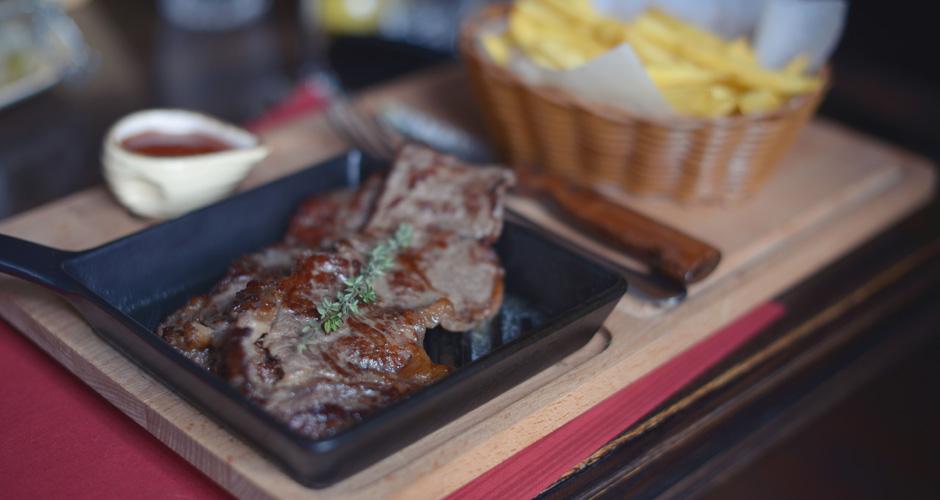Ресторан Mons Pius Пиво і М'ясо