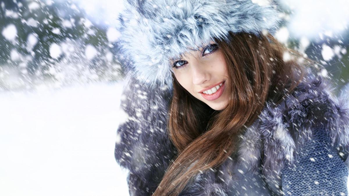 Кружать голову зимові пахощі: обираємо парфум