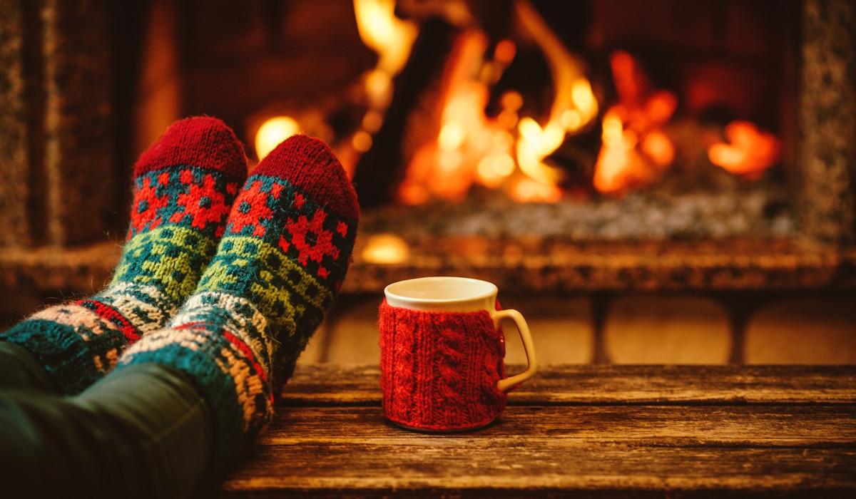 Яскраві шкарпетки та класичний стиль - правила носіння