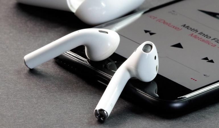 Як працюють бездротові навушники