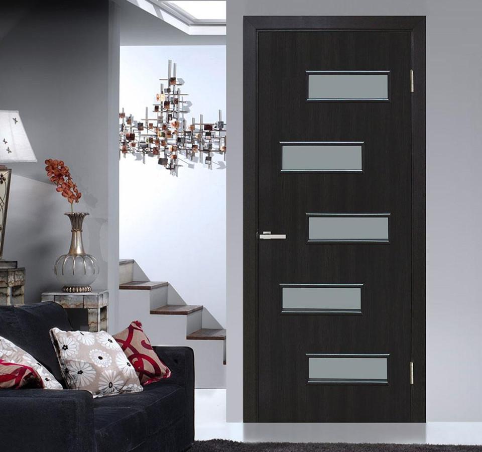 Двері в стилі «модерн»