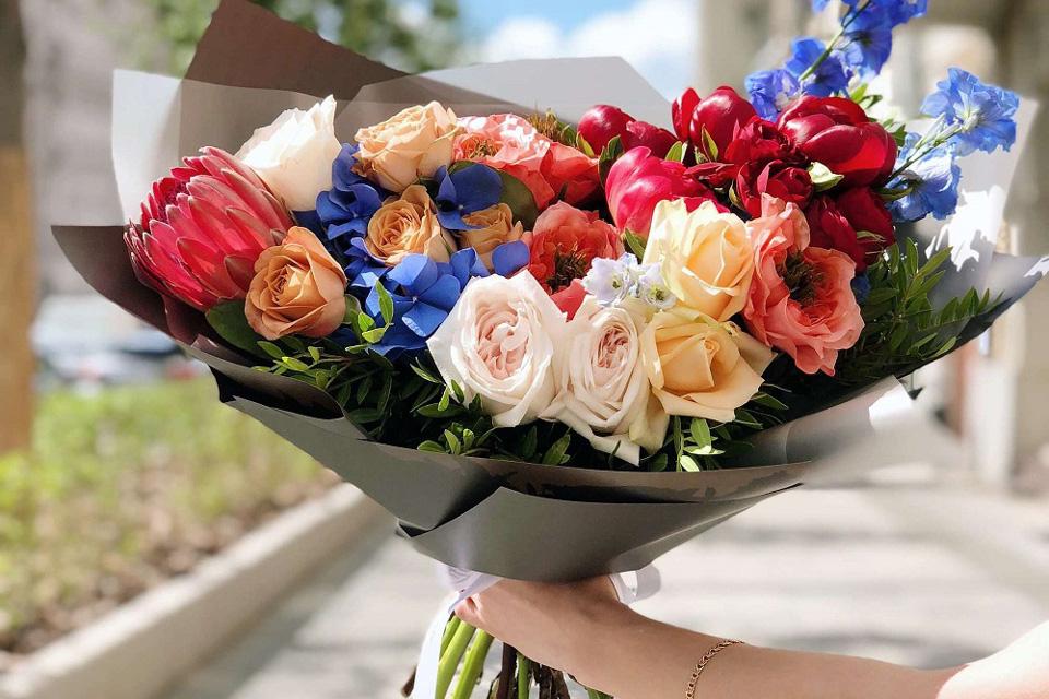 Як замовити доставку квітів у Львові?
