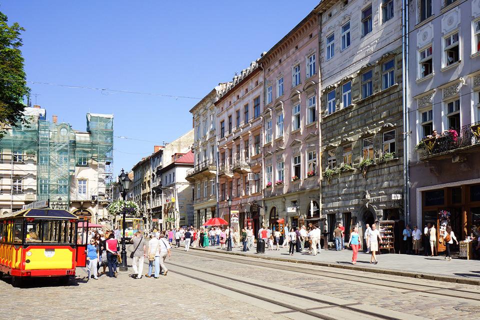 Які ціни на квартири у центрі Львова